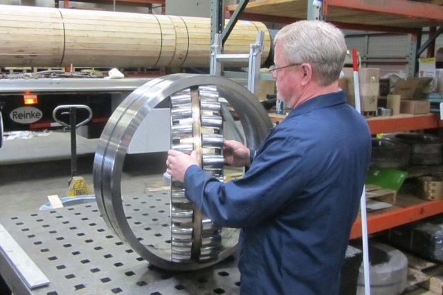 wind turbine bearing inspection